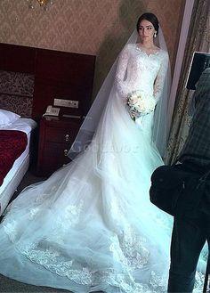 Robe de mariée vintage traîne royal en tulle appliques décoration dentelle - photo 1