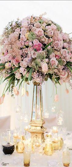 (via Wedding Tablescape ● Floral Centerpiece | Weddings Then & Now ♔ | Pin…)