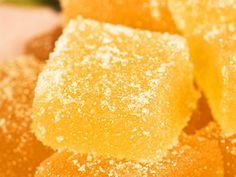 Johanna Westmans äppelkonfekt (kock Johanna Westman) Candy Recipes, Baking Recipes, Snack Recipes, Dessert Recipes, Snacks, Christmas Desserts, Christmas Baking, No Bake Desserts, Easy Desserts