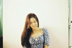 Image may contain: 1 person, indoor Blackpink Jisoo, Kim Jennie, South Korean Girls, Korean Girl Groups, My Girl, Cool Girl, Rapper, Lisa, Blackpink Photos