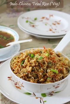 Spusht | Vegetarian Recipes, How-To Posts, Entertaining Ideas, Travelogue, and more: Chinese Fried Rice: Indo-Chinese Food