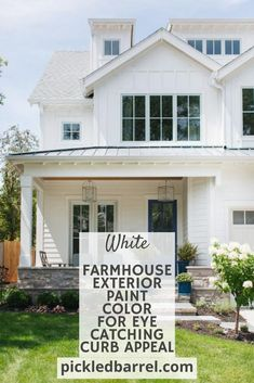 If you want boring, outdated ideas, you've come to the wrong place. But if you want the best modern farmhouse exterior ideas, you could not have picked better! #pickledbarrelblog #modernfarmhouse #homeexteriors Farmhouse Exterior Colors, Modern Farmhouse Porch, Modern Farmhouse Design, Farmhouse Front, Farm House Colors, Old Farm Houses, Joanna Gaines, Paint Colors, Barrel
