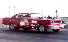 Hayden Proffitt debuted the SST Rebel late in 1967 at Lions. He ran 8.11 at 181.85 before the end of the year.