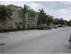 Offered at: $1,450  Townhouse for Rent      124 Lake Monterey Cir  Boynton Beach, FL 33426       Phone  561-327-4050   Fax  561-423-9269   Cell  561-901-4769