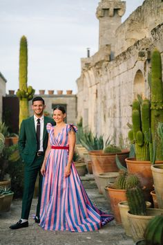 Jewelry Designer Caitlin Mociun Wore Bold Stripes for Her Puglia Wedding Unusual Dresses, Carolina Herrera Dresses, Vogue Photo, Vogue Wedding, Vetement Fashion, Bold Stripes, Bridesmaid Dresses, Wedding Dresses, Wedding Outfits