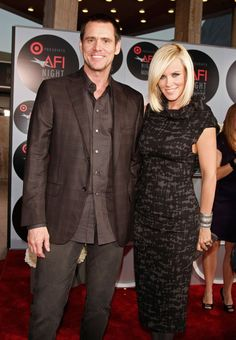 Pin for Later: 18 Comedy Power Couples Who Found Their Funny Valentines Jim Carrey and Jenny McCarthy The superstar comic actor and the outspoken talk show host dated for five years, until 2010.