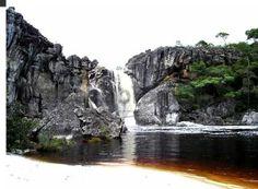 São Gonçalo do Rio Preto (MG), localizada a 350 km de Belo Horizonte, oferece aos turistas o Parque Estadual do Rio Preto com ótima infra-estrutura, cachoeiras, piscinas naturais, corredeiras e cânions. Foto: Maria Lucia Dornas / SENAC