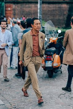"iqfashion: "" Yasuto Kamoshita Pitti Uomo 90 Source: GQ.com - Pitti Uomo Streetstyle """