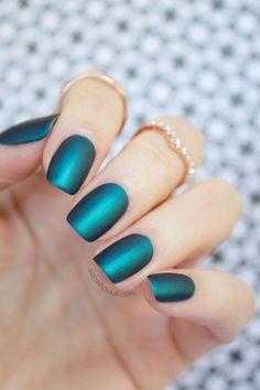 Beautiful Emerald Matte Nails. Polishes. Polish. Nail art. Nail design.