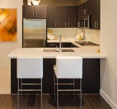 small kitchen design ideas Black cabinets and gray walls Apartment Kitchen, Kitchen Interior, Kitchen Decor, Kitchen Ideas, Kitchen Colors, Kitchen Designs, Kitchen And Bath, New Kitchen, Cozy Small Bedrooms