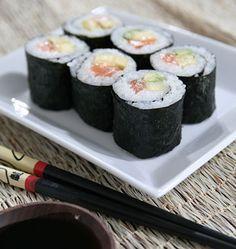 Makis saumon, avocat, ananas - Recettes de cuisine japonaise Ôdélices