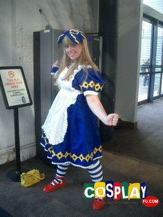 Alice Liddell Cosplay from Alice in the Country of Hearts in Mini Animania 2013 AU