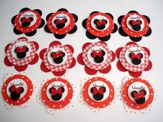Lindas tag's para decoração de sua festa Pode ser elaborada em diversas cores de acordo com sua decoração Medida de 5cm de diametro  **PEDIDO MINIMO DE 20 UNIDADES R$2,20