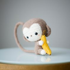 HOW TO MAKE A CROCHET MONKEY...this is absolutely adorable & looks pretty simple to make!!