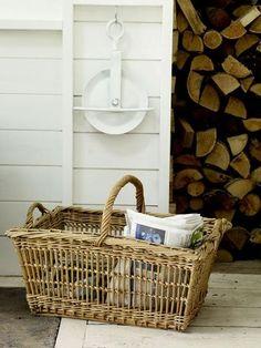 3 Unbelievable Tips Can Change Your Life: Wicker Redo Doors wicker mirror couch.Wicker Baskets For Towels wicker headboard shabby. Wicker Furniture Cushions, Wicker Trunk, Wicker Headboard, Wicker Shelf, Wicker Bedroom, Wicker Baskets, Wicker Man, Wicker Table, Wabi Sabi