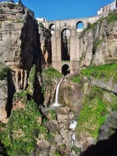 One of our interns made a Trip to Ronda. In this picture you can see the bridge what connect two city parts to each other