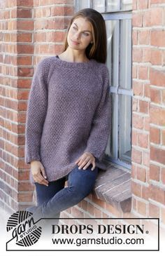 df7db3cfe485b6 Simple Mind - Knitted sweater with raglan in 3 strands DROPS Kid-Silk. Piece