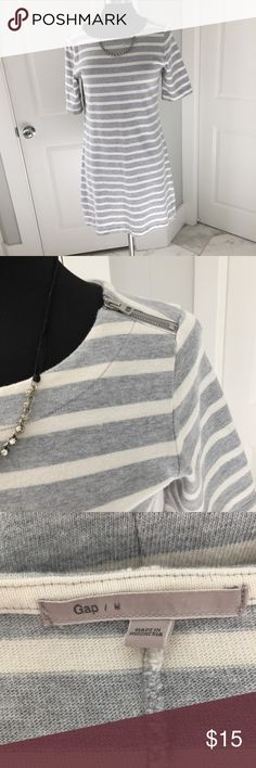 Casual Gap Dress Comfy gray and white striped dress with zipper closure to shoulder. GAP Dresses
