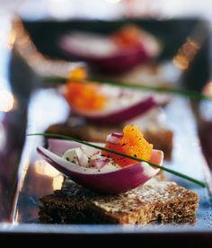 Mätiä sipulin sylissä | Kalat | Pirkka  #food #christmas