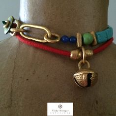 FRIDA choker, all exclusive one of-a-kind pieces. Here combined with MAE pendant. ©Vicky Metzger Barcelona.