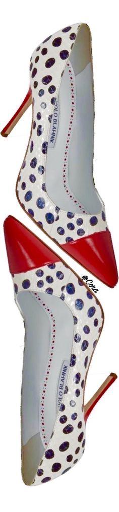 The official Manolo Blahnik website Pump Shoes, Shoe Boots, Flats, Stiletto Heels, High Heels, Fashion Shoes, Fashion Accessories, Splendid Shoes, Exclusive Shoes