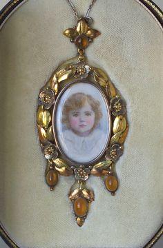 ARTS & CRAFTS Locket with portrait miniature  Gold Silver Fire Opal H: 8.2 cm (3.23 in)  W: 1.4 cm (0.55 in)  British, c.1900