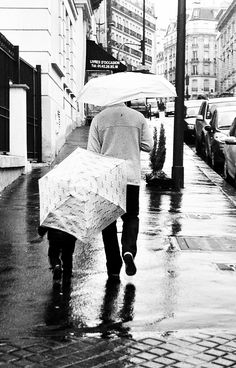 Les parapluies de Père et fils, Jussieu Paris. Photo by: Lisbeth Ron