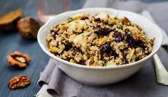 סלט קינואה וחמוציות, צילום: nata_vkusidey / Getty Images / i Cereal, Oatmeal, Breakfast, Quinoa, Food, Friends, Cooking, Recipes, Breakfast Cafe