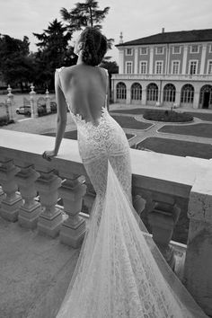 325x488xBerta-Bridal-Couture-2014-Winter-Collection-12.jpg.pagespeed.ic.w358oygHTk.jpg 325×488 pixels