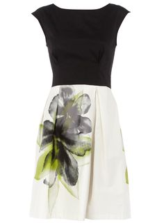 Dororthy perkins floral print dress.#Repin By:Pinterest++ for iPad#