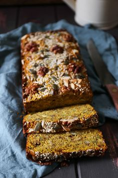 Happiness Bread is a soft savoury paleo bread, perfect for kick-starting your day, nay your year. Gluten Free Recipes, Healthy Recipes, Grain Free Bread, Paleo Bread, Protein Bread, Bread Food, Yeast Bread, Bread Baking, Seed Bread