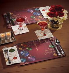 Coordinating Placemats and Napkins from Hoffmaster make holiday table setting quick and easy!