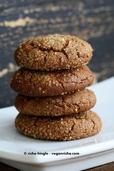 These Gluten free Ginger Molasses cookies are easy & use a few ingredients. Vegan Treats, Vegan Desserts, Paleo Sweets, Vegan Recipes, Vegan Gluten Free Cookies, Paleo Cookies, Biscuits, Ginger Molasses Cookies, Vegan Christmas