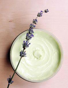 Summer Foot Cream Recipe--almond oil, vitamin E oil, beeswax, water, lavender essential oil