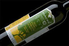 """Macké Extra Vergine Olijfolie """"Blend Classic"""" – PAROVEL     Classic blend extra vergine olijfolie van 10% Bianchera–Belica (autochtone olijf uit de provincie Trieste), 50% Leccino, 10% Pendolino, 20% Leccio del Corno en 10% Maurino olijven."""