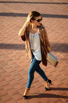 Tendencias low-cost Primavera-Verano recorramos Asia y luzcamos un Kimono Fashion Images, I Love Fashion, Daily Fashion, Everyday Fashion, Hippie Fashion, Style Fashion, Fashion Ideas, Casual Chic, Boho Chic