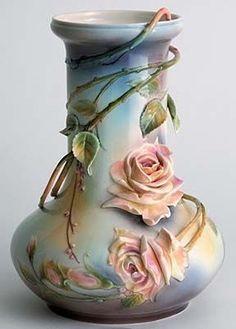 Peinture Sur Porcelain Hermes - Porcelain Doll Cute - Porcelain Texture Design - Cold Porcelain Tips - Porcelain Skin DIY - Pottery Vase, Ceramic Pottery, Ceramic Art, Cold Porcelain, Porcelain Vase, Porcelain Skin, Porcelain Doll, Art Floral, Flower Vases