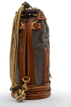 """""""… [for] splicing, serving, whipping, seizing and canvas work. … No better container to hold these tools has been devised than the Sailor's Ditty Bag. Leather Backpack For Men, Leather Bag, Larp, Edc Bag, Diy Backpack, Mens Travel Bag, Insulated Lunch Bags, Brown Bags, Canvas Leather"""