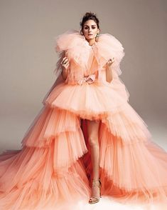 Olivia Palermo in Giambattista Valli Haute Couture Estilo Olivia Palermo, Olivia Palermo Lookbook, Olivia Palermo Style, Haute Couture Dresses, Couture Fashion, Runway Fashion, Fashion Trends, Love Fashion, High Fashion