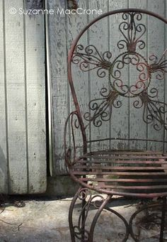 Vintage Wrought Iron Chair ~ I'd sew a lovely BIG Floral and Toile de Jouy fabric cushion for it Iron Patio Furniture, Metal Furniture, Old Chairs, Vintage Chairs, Small Leather Chairs, Teal Chair, Wrought Iron Chairs, Cute Cushions, Blue Armchair