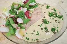 Vitello Tonnato 1 Snacks Für Party, Camembert Cheese, Muffins, Mexican, Cooking, Dinner, Ethnic Recipes, Food, Yummy Food
