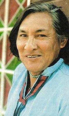 "Will Sampson Jr ~ ( 1933-1987 ) Sampson, a Native American Muscogee (Creek), was born in Okmulgee, Oklahoma. Sampson's most notable roles were as ""Chief Bromden"" in One Flew Over the Cuckoo's Nest and as ""Taylor the Medicine Man"" in the horror film Poltergeist II. He had a recurring role on the TV series Vega$, as Harlon Two-leaf and starred in the movies Fish Hawk, The Outlaw Josey Wales, and Orca."