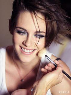 Kristen Stewart - Byrdie Portraits Kristen Stewart Style, Outfits and Clothes. Kristen Stewart Eyes, Kirsten Stewart, Keratin, Pixie, Sils Maria, Fair Skin, Makeup Routine, Robert Pattinson, Portrait