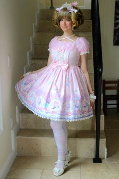 http://danilambdesigns.tumblr.com/post/121302195032/my-outfit-for-my-birthday-international-lolita