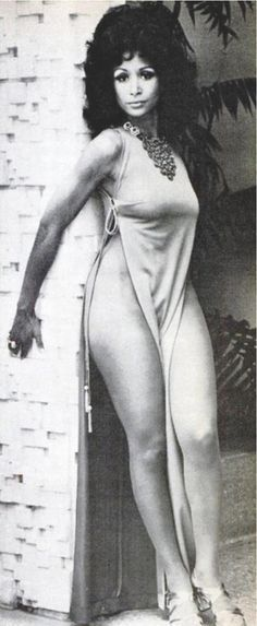 """Legman's Best"" / Freda Payne Pinned from / Eugenia Bergs' ""Black Beauty"" My Black Is Beautiful, Beautiful People, Beautiful Women, Vintage Black Glamour, Vintage Beauty, Classic Beauty, Timeless Beauty, Black Beauty, Black Girls Rock"