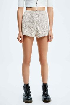Pins & Needles Two-Tone Lace Shorts in Ivory