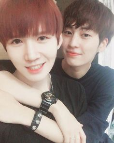 "160816 #ACEMAX #Taebin Instagram Update with #UP10TION #Kogyeol [Trans] ""Ouch we're stuck to each other like a gum. He ran to me like a puppy while drenched in sweat"" ⓒ engtrans up10tionintl"