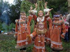 ханты манси танцевальный костюм: 13 тыс изображений найдено в Яндекс.Картинках