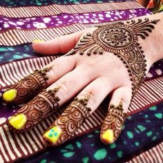 Eid ul Azha Special Mehndi Designs Trends 2017-2018 Collection