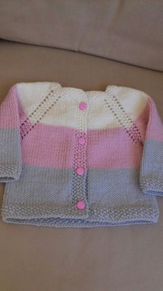 Stricken Anleitung :Ravelry: & # s Girly Baby Sweater Patterns, Baby Cardigan Knitting Pattern, Crochet Baby Cardigan, Knit Baby Sweaters, Crochet Jacket, Girls Sweaters, Baby Knitting Patterns, Knitting Designs, Baby Patterns